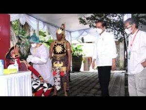 Saat, Petruk dan Gatut Kaca Ikut di Vaksin, Ini Penjelasan Presiden Jokowi